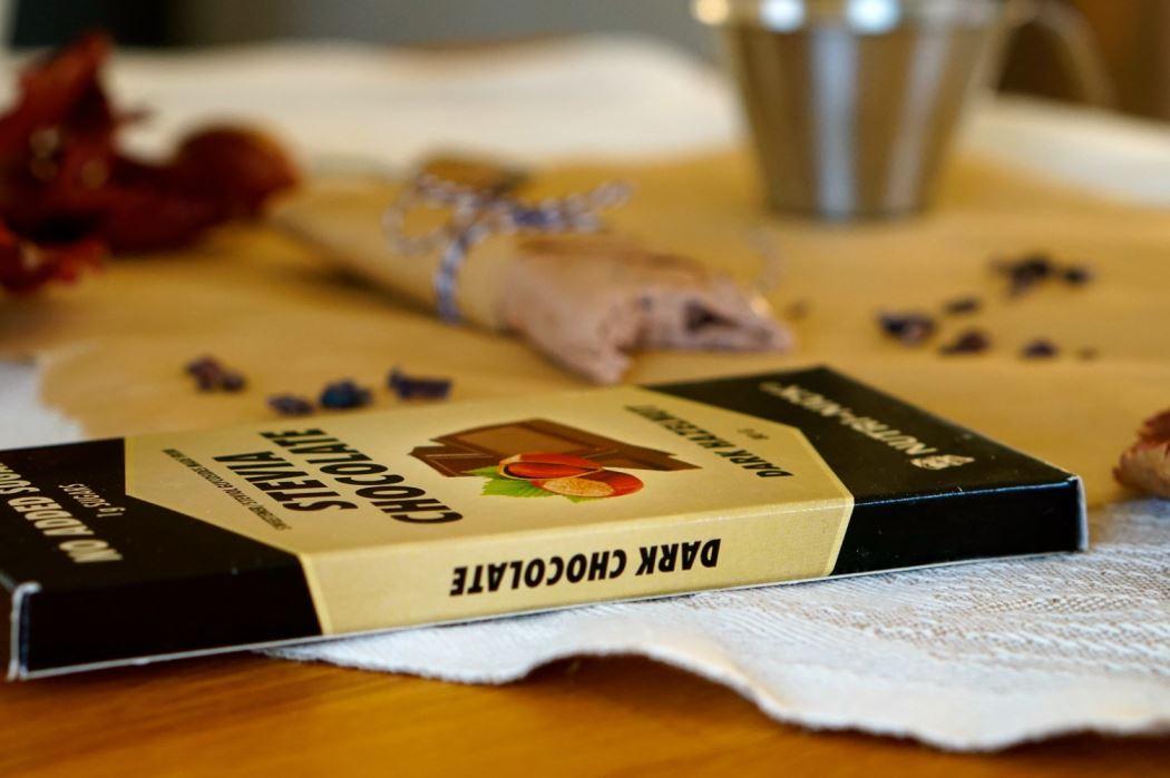 Questbar chocolate and hazelnut 8