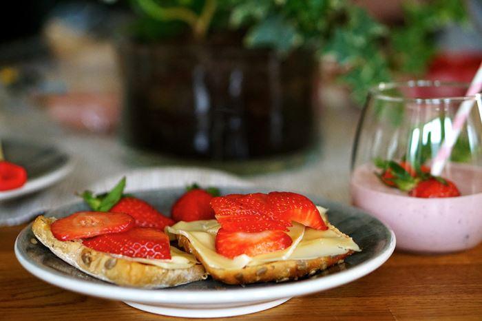 jordgubbar-favoriter-frukost