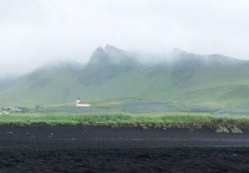 Den lilla byn Vík på Island