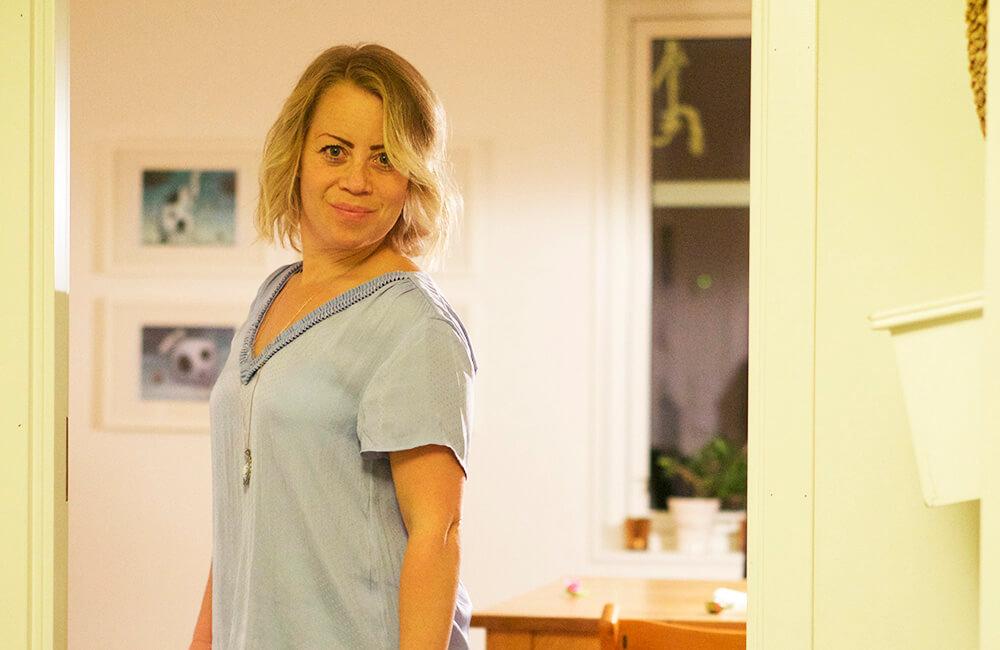 Karin Axelsson nyklippt i håret
