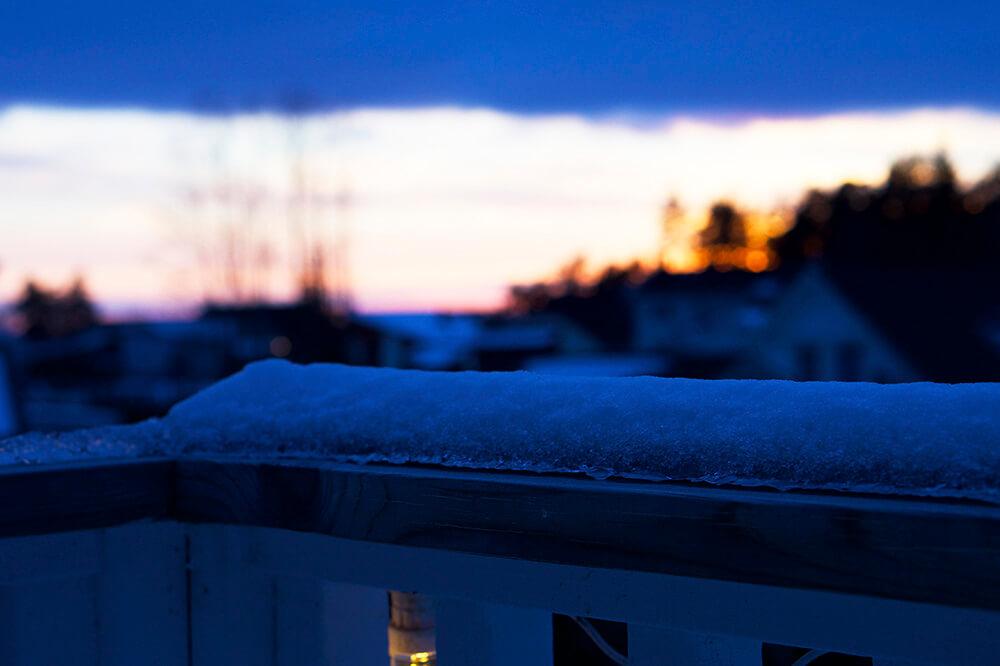 solnedgång hemma vinter