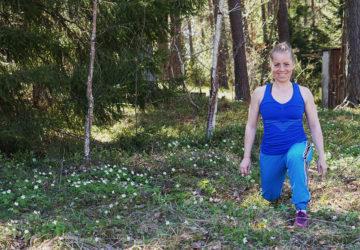 styrketräning i skogen