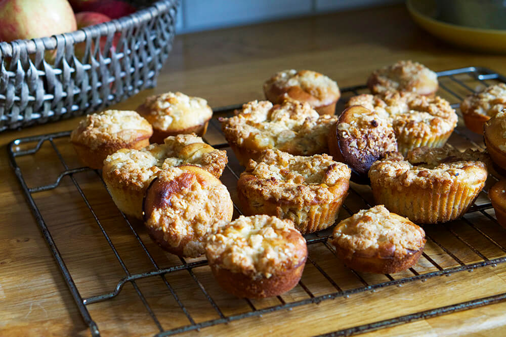 Äppelmuffins med crumble