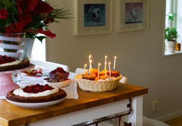 Tårta och ljus på min 39-åriga födelsedag