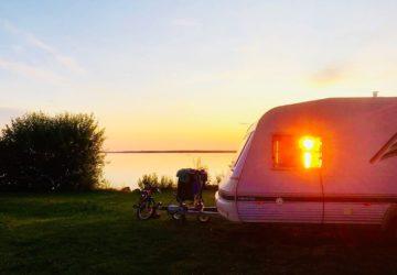 husvagn solnedgång
