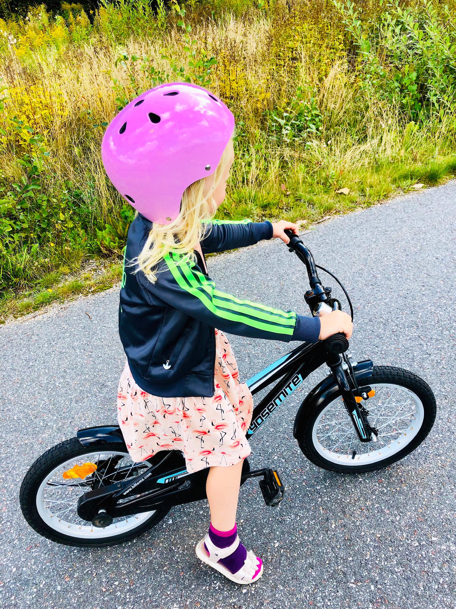 Årets sista dopp - cykling dit och hem