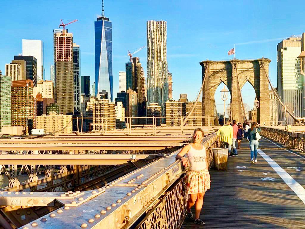 Brooklyn Bridge i soluppgång