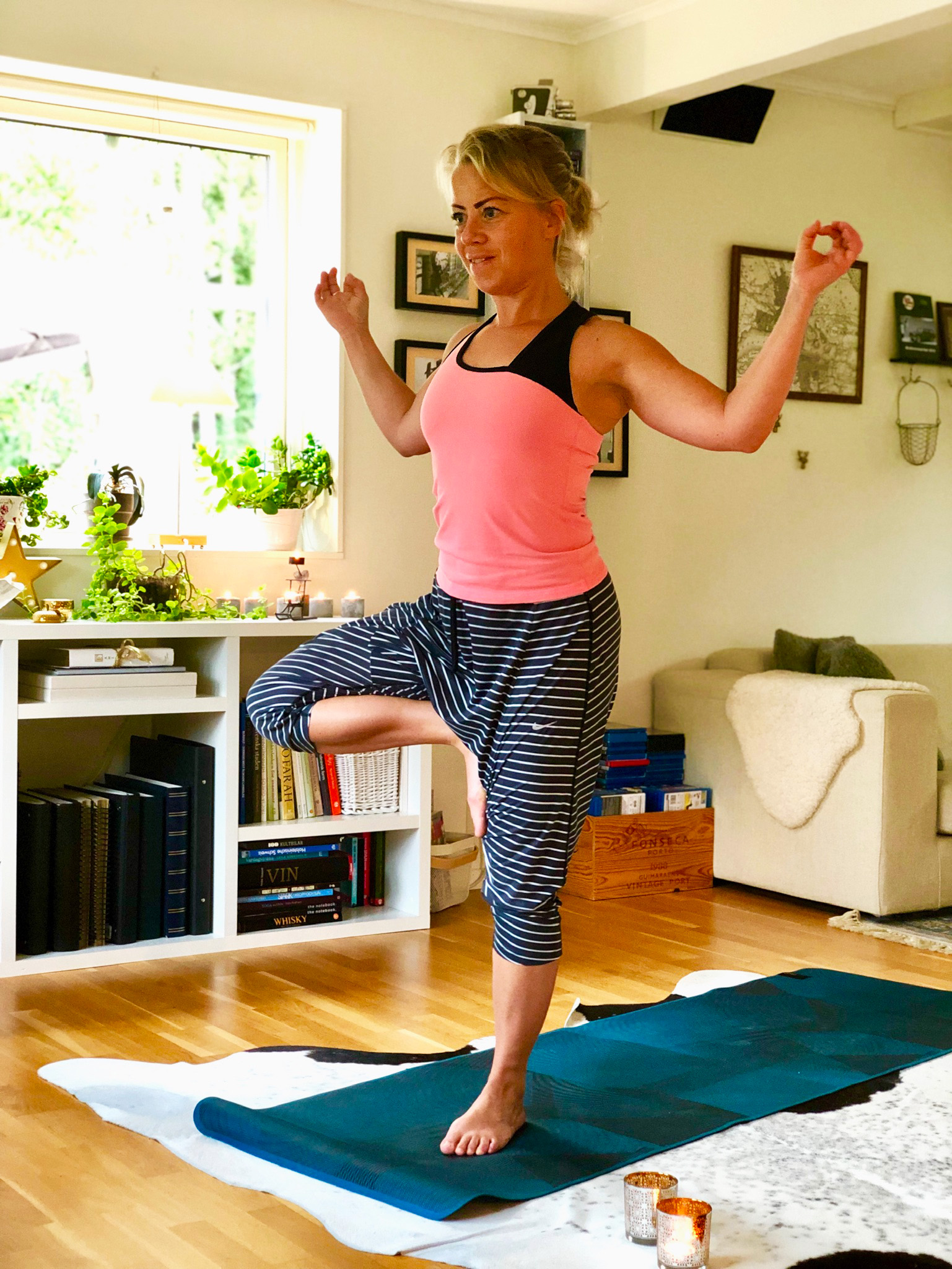 Yoga och rörlighetsstyrka hemma