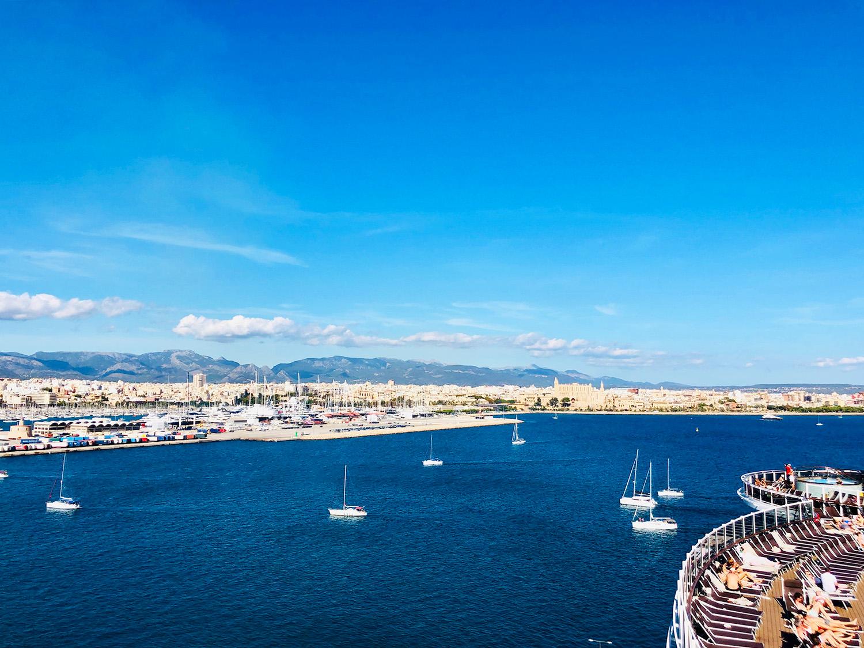 På kryssning Medelhavet med MSC Seaview - Palma