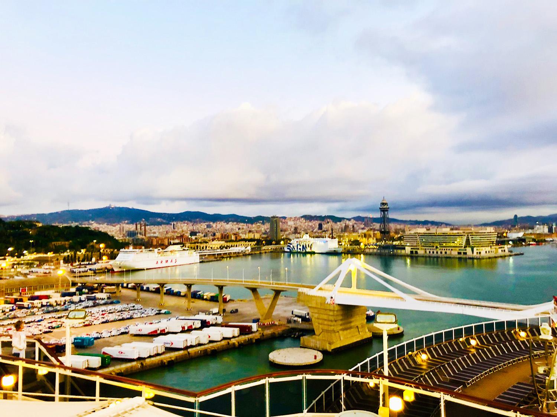 På kryssning Medelhavet med MSC Seaview - Barcelona