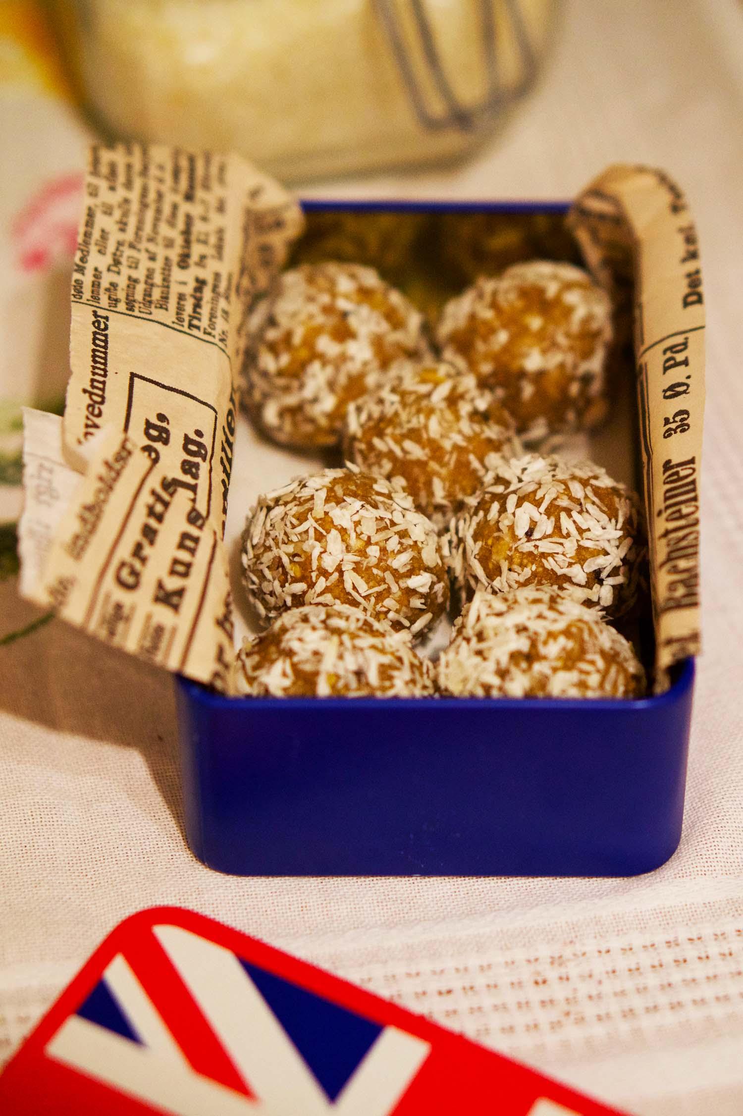 Kardemummabollar med kokos