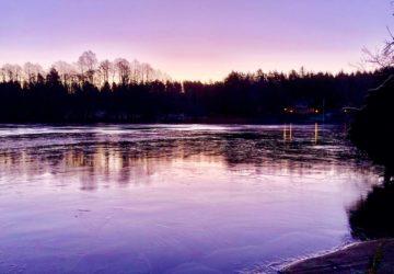 Morgonspring till sjön
