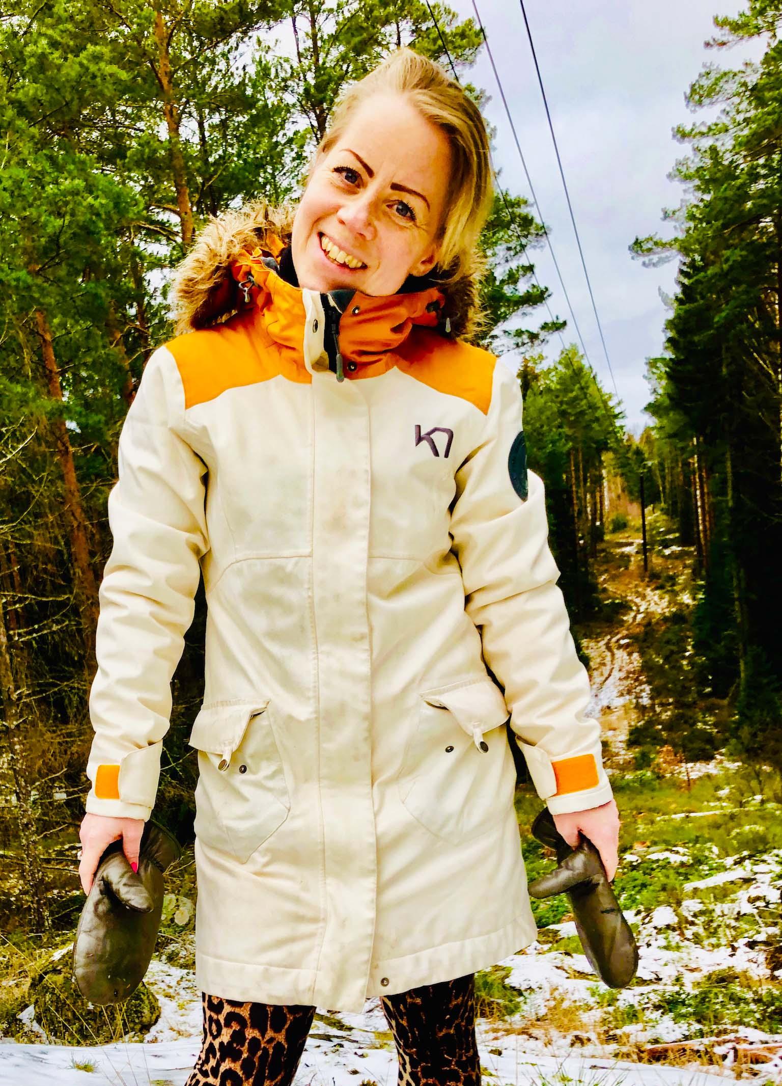 Karin Axelsson i skogen