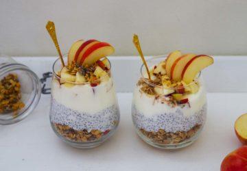 Frukost Trifle med granola och äpple - recept