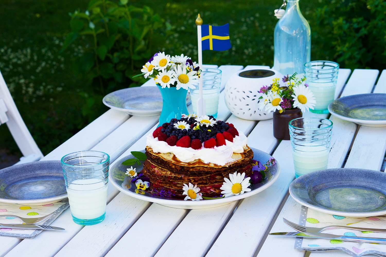 Pannkakstårta blåbär hallon recept