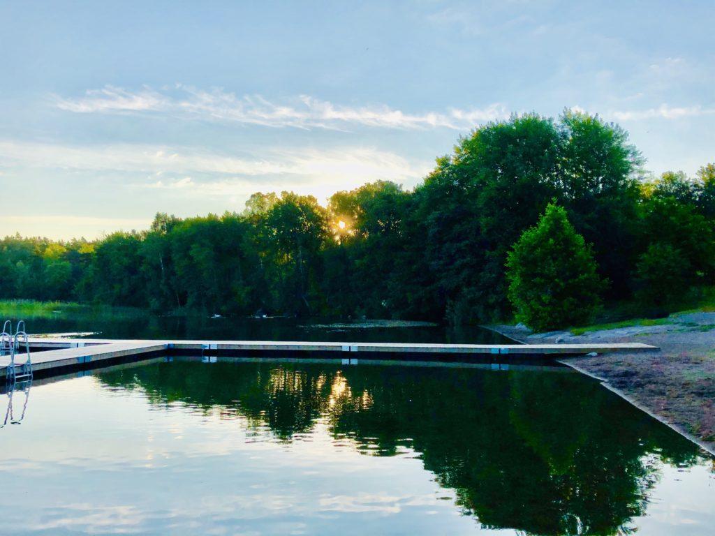 Badplatsen Hällkana, Lejondalssjön
