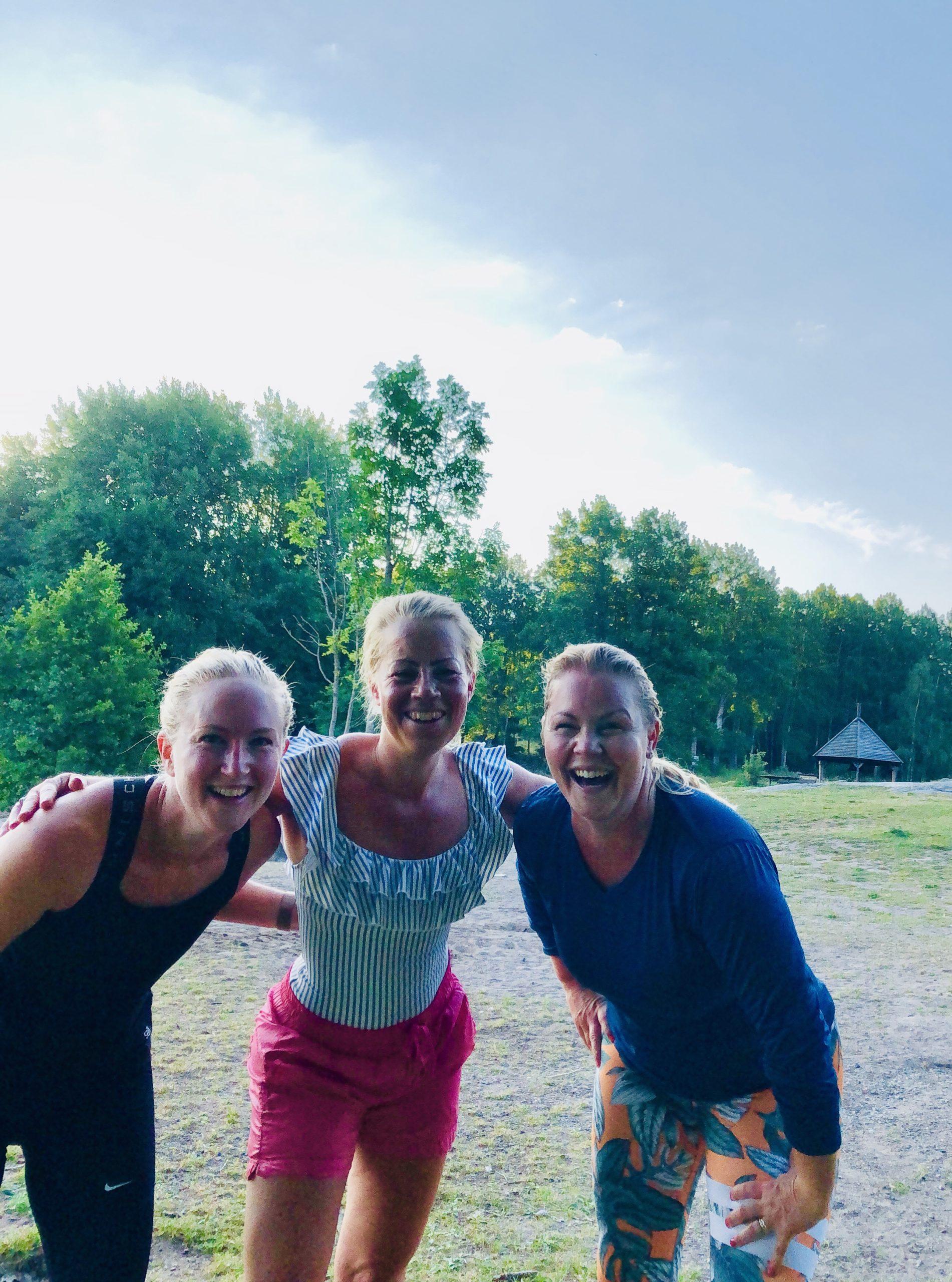 Springa med vänner - Badplatsen Hällkana, Lejondalssjön