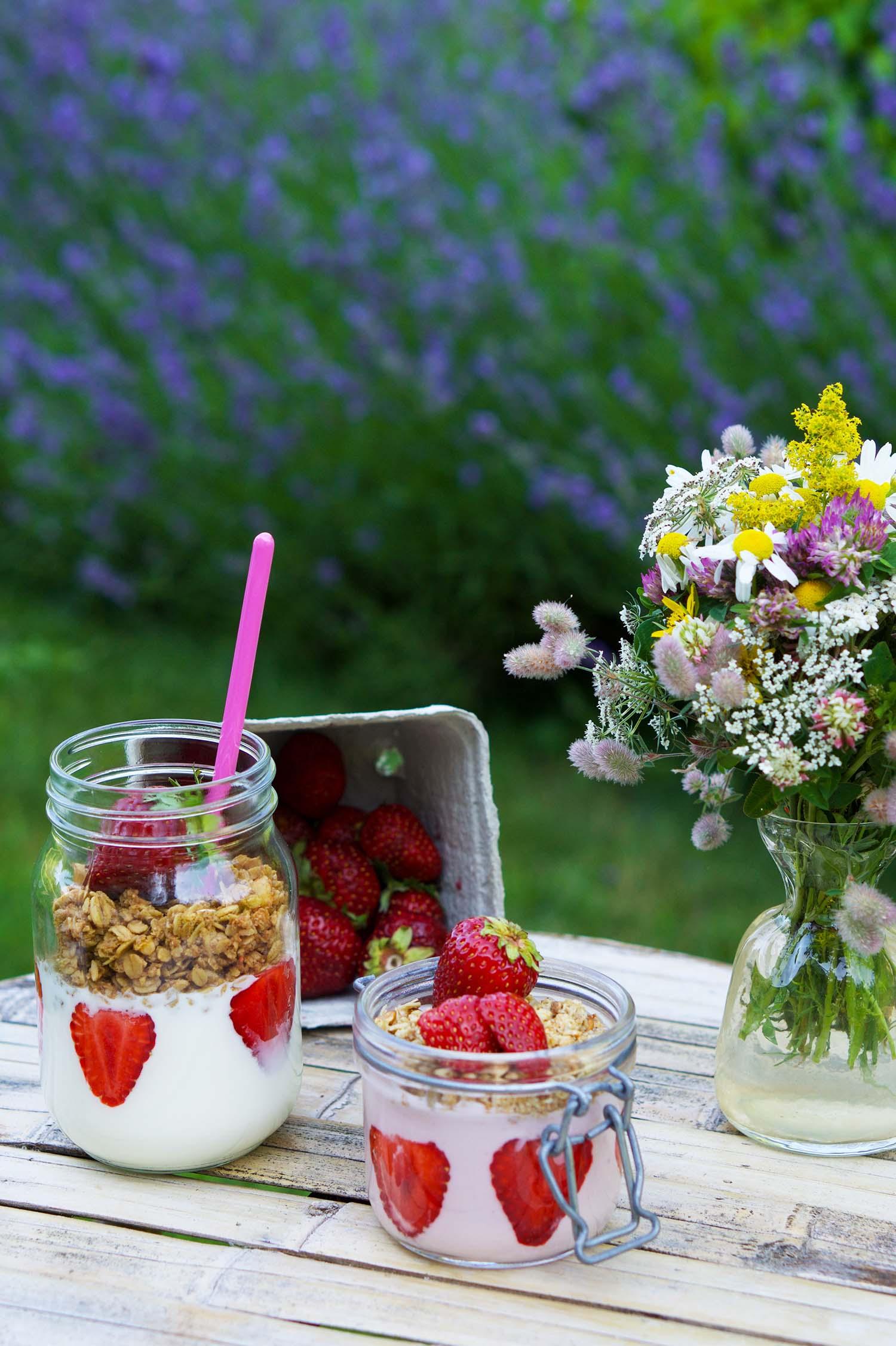 Svenska jordgubbar till somrig frukost